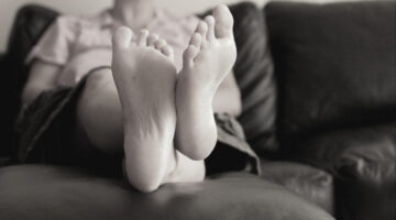 Foot Love: How To Give Foot Rubs, Massages, and Pedicures